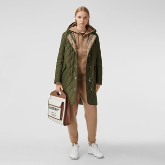 Burberry Diaond Quilted Theroregulated Hooded Coat