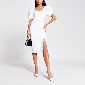 River Island Cream short puff sleeve fitted midi dress