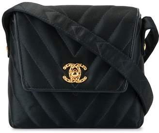 Chanel Pre-Owned 1995's V stitch CC crossbody shoulder bag