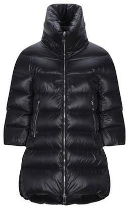 Annie P. Down jacket