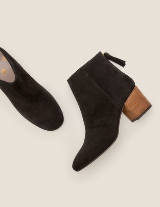 Overton Ankle Boots