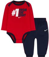 Nike Baby Boy Graphic Bodysuit & Piped Pants Set