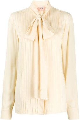 No.21 Pleated Pussy Bow Blouse