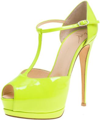 Giuseppe Zanotti Neon Green Patent Leather T-Strap Platform Peep Toe Sandals Size 38
