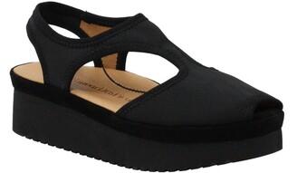 L'Amour des Pieds Amichai Wedge Sandal