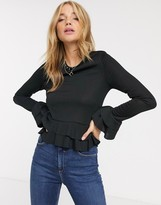 New Look frill hem and sleeve blouse in black