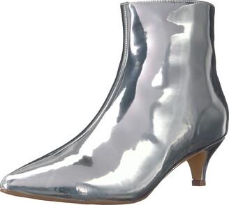 Penny Loves Kenny Women's Dizzy Fashion Boot Silver Mirrored Metallic 7 Wide US