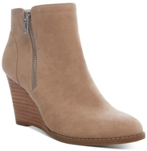 Madden-Girl Gates Wedge Booties