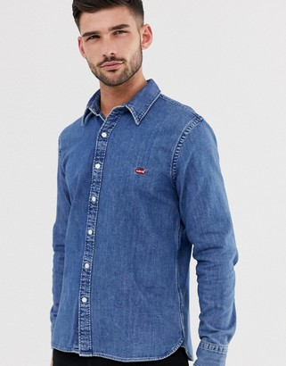 Levi's battery small batwing logo denim shirt in redcast stone mid wash-Blue