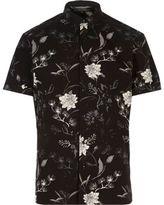 River Island MensBlack oriental print slim fit shirt