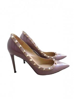 Valentino Rockstud Purple Patent leather Heels