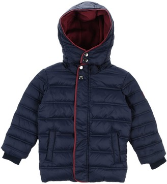 Hitch-Hiker Down jackets
