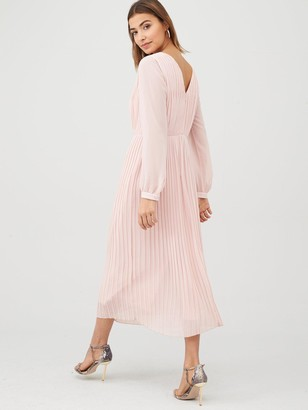 Warehouse Pleated Long Sleeve Dress - Pale Pink
