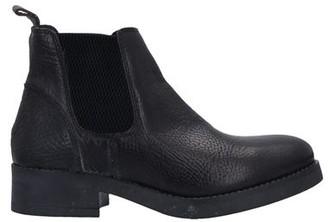 ANNA FIDANZA Ankle boots