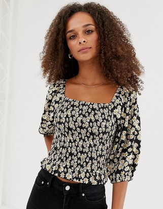 New Look square neck puff sleeve blouse in black pattern