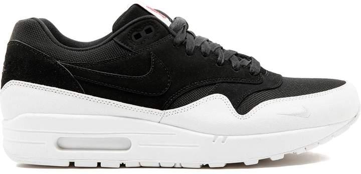 Nike 1 QS sneakers