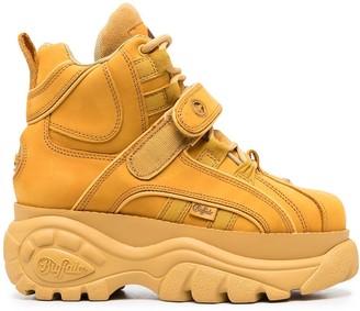 Buffalo David Bitton Corin platform boots