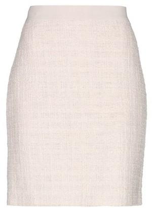 windsor. Knee length skirt