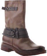 OTBT Women's Caswell Boot