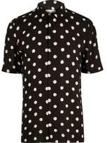 River Island Mens Black dotted short sleeve shirt