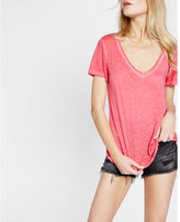 Express garment dyed slub v-neck skimming tee