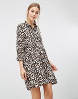 Minimum 3/4 Sleeve Shift Dress In Leopard Print