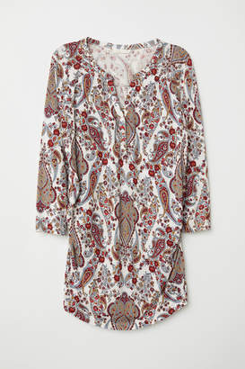 H&M MAMA Patterned Top