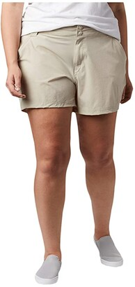 Columbia Plus Size Coral Pointtm III Shorts (Fossil) Women's Shorts