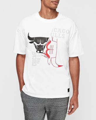 Express Chicago Bulls Nba Pieced Logo Heavyweight T-Shirt