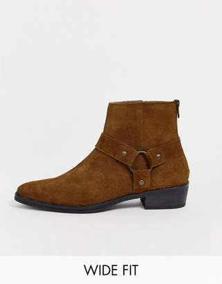 Asos Design DESIGN Wide Fit stacked heel western chelsea boots in tan suede with buckle detail