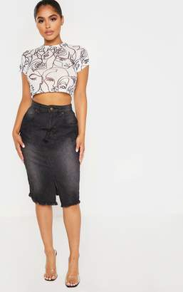 PrettyLittleThing Petite Washed Black Midi Denim Skirt