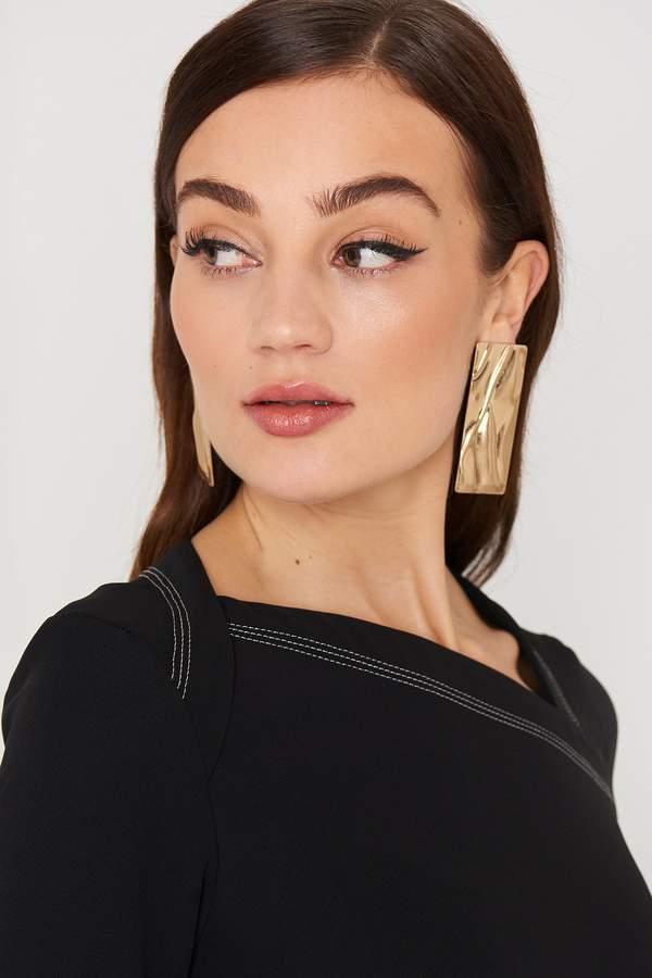 MANGO Embossed Earring Gold