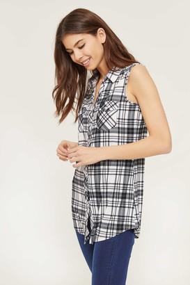Ardene Sleeveless Plaid Button-Down Shirt