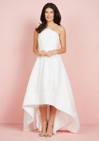 The Exchanging of Wows Maxi Dress in White in 4