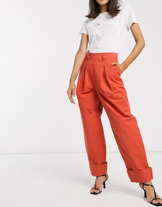 Asos Design DESIGN inverted pleat clean balloon leg pant with turn up-Red