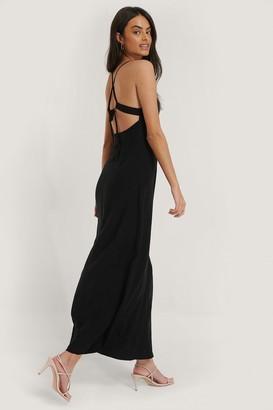 NA-KD Strap Tie Back Dress