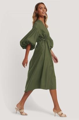 NA-KD Long Sleeve Drawstring Midi Dress