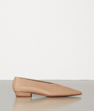 Bottega Veneta ALMOND FLATS IN NAPPA