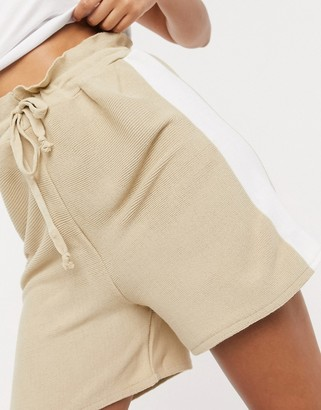 UNIQUE21 sporty stripe knitted shorts in tan