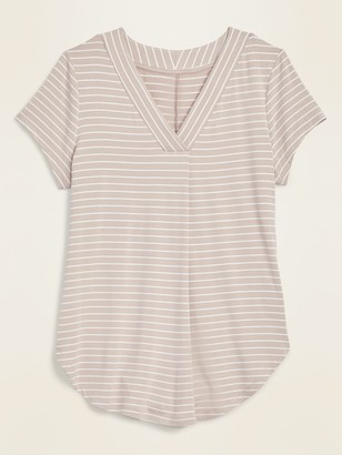 Old Navy Loose-Fit Luxe V-Neck Tunic Tee for Women