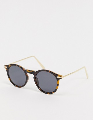 ASOS DESIGN round sunglasses with metal arms in tort with polarised lens