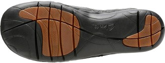 Clarks Un Loop Flat Leather Shoe - Black