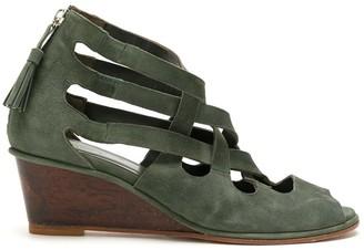 LE SOLEIL D'ETE suede Mabel sandals