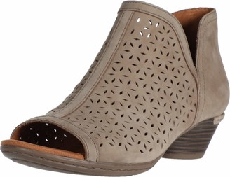 Cobb Hill Laurel Open Boot Taupe
