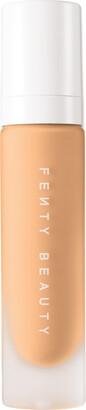 Fenty Beauty Pro Filt'r Soft Matte Longwear Foundation 220 - Colour 220