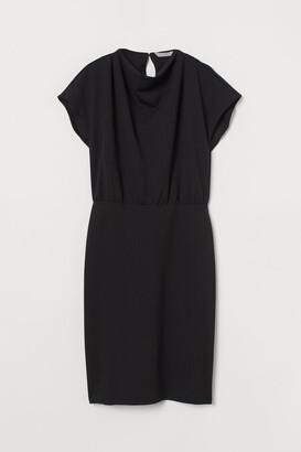 H&M Cap-sleeved Dress - Black