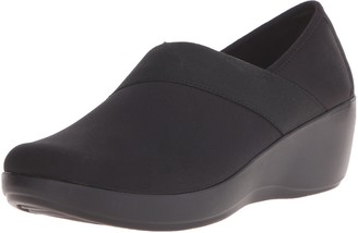 Crocs Women's Busy Day Stretch Asym Wedge Flat