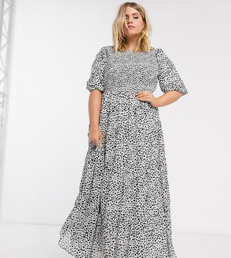 ASOS DESIGN Curve shirred tiered maxi dress in mono spot print