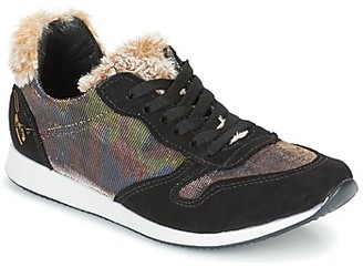 Ippon Vintage RUN SNOW women's Shoes (Trainers) in Black