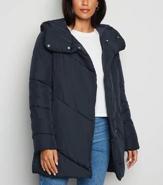 New Look JDY Hooded Puffer Jacket
